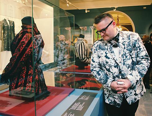Тонко и модно: российские дизайнеры показали современное кружево