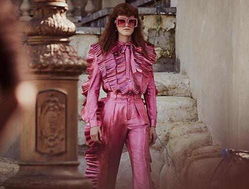 Розовый в гардеробе: правила безопасности