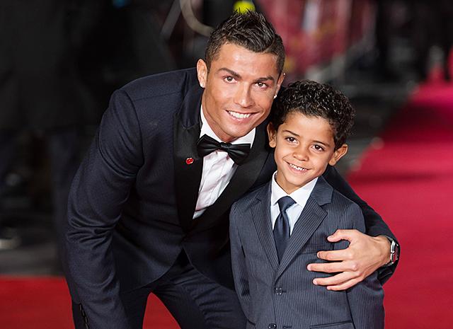 Многодетный отец Криштиану Роналду прокомментировал новость о своем уходе из «Реала»