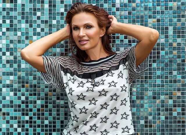 От сокотерапии до трекинга: Эвелина Бледанс поделилась своими секретами красоты