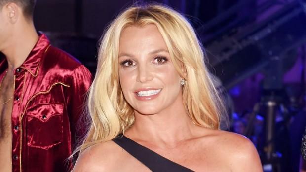 Бритни Спирс пожертвовала миллион долларов больным детям