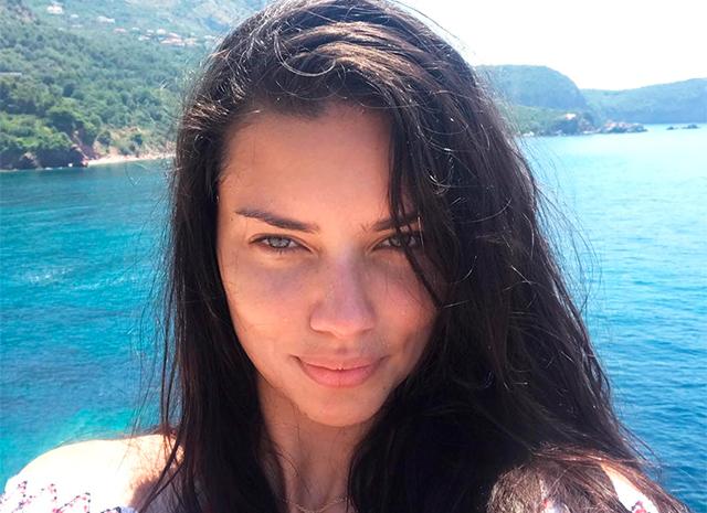 Адриана Лима отдыхает в Черногории с бывшим мужем Марко Яричем